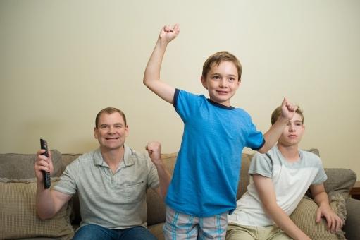 親子でテレビ観賞